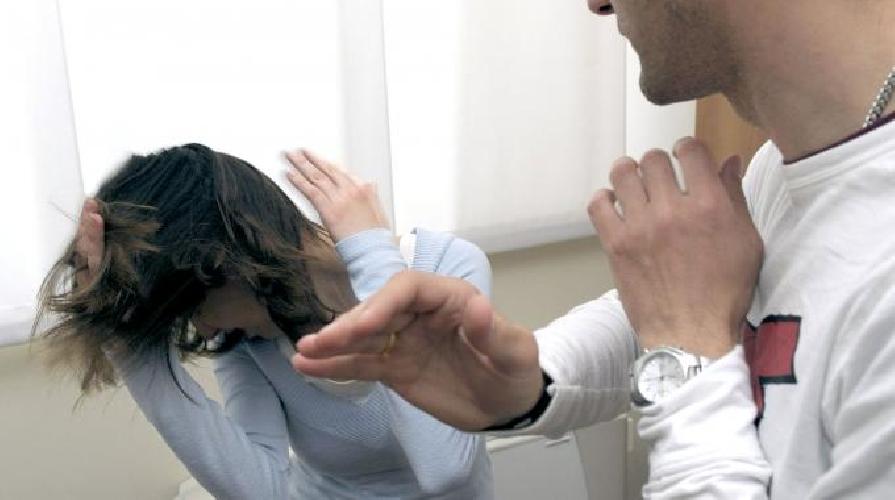 http://www.ragusanews.com//immagini_articoli/27-06-2014/maltrattamenti-alla-ex-moglie-denunciato-ragusano-500.jpg