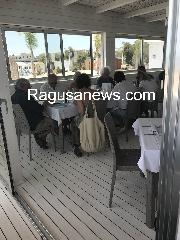http://www.ragusanews.com//immagini_articoli/27-06-2017/luciano-benetton-mare-chiama-sampieri-240.jpg