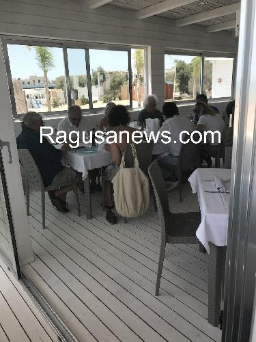 http://www.ragusanews.com//immagini_articoli/27-06-2017/luciano-benetton-mare-chiama-sampieri-500.jpg