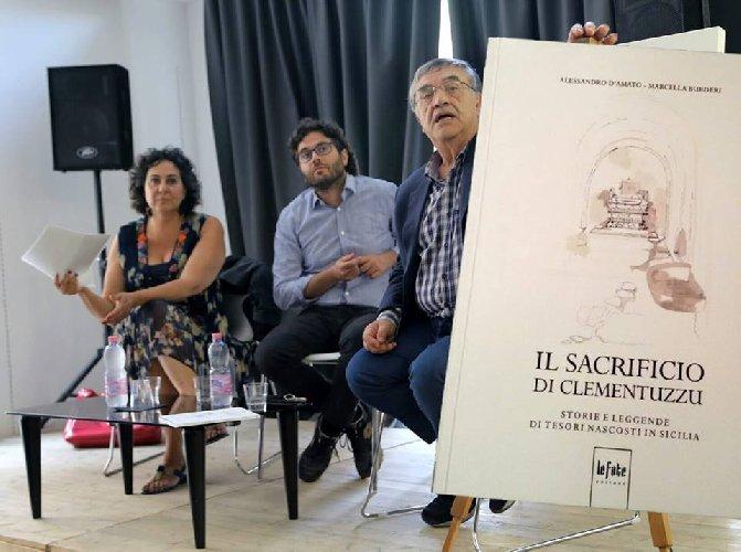 https://www.ragusanews.com//immagini_articoli/27-06-2018/chiaramonte-presenta-libro-sacrificio-clementuzzu-500.jpg