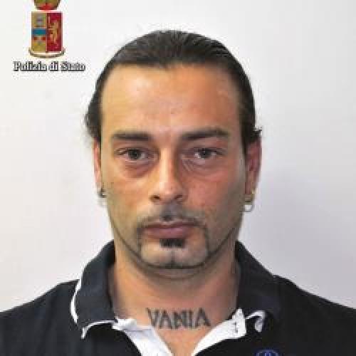 http://www.ragusanews.com//immagini_articoli/27-07-2015/lite-in-discoteca-tentato-omicidio-un-arresto-500.jpg