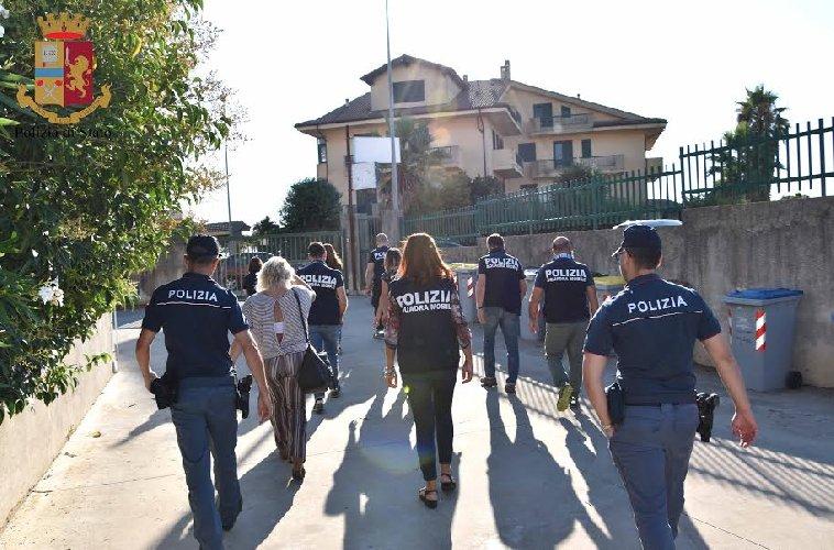 https://www.ragusanews.com//immagini_articoli/27-07-2019/arresta-3-donne-maltrattavano-anziani-in-casa-di-riposo-a-ragusa-500.jpg