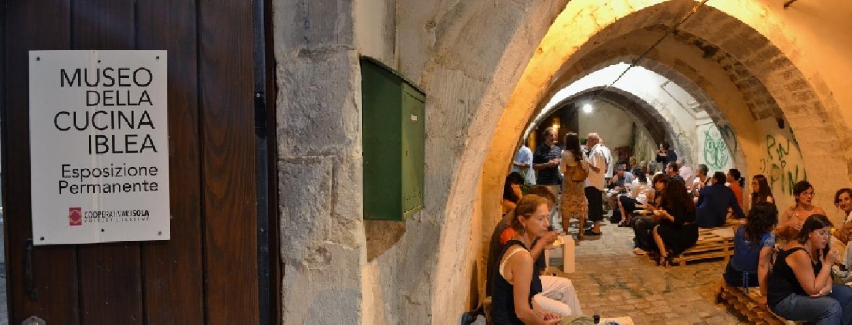 https://www.ragusanews.com//immagini_articoli/27-08-2013/giorgio-agamben-il-mediterraneo-e-uno-stile-di-vita-500.jpg