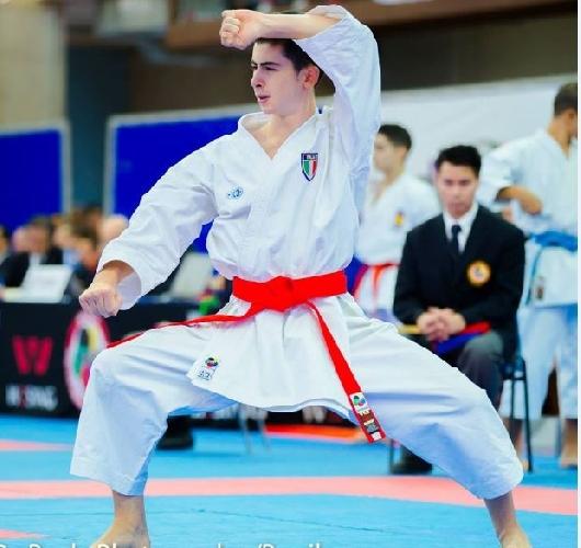 http://www.ragusanews.com//immagini_articoli/27-08-2014/karate-panagia-primo-a-lignano-500.jpg