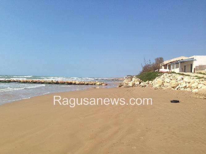 https://www.ragusanews.com//immagini_articoli/27-08-2014/un-nuovo-chalet-in-contrada-arizza-500.jpg