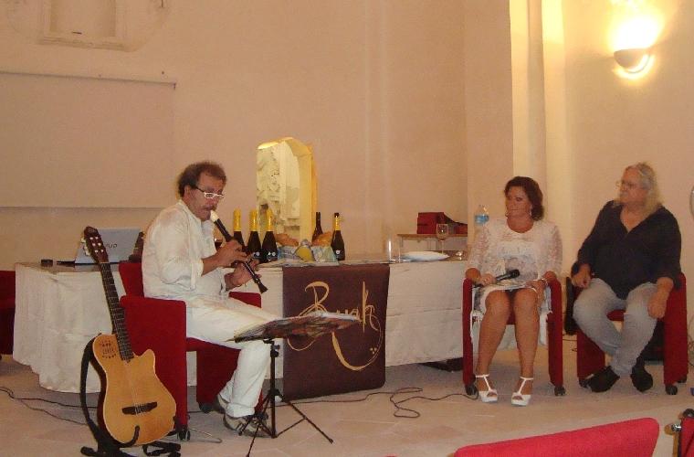 http://www.ragusanews.com//immagini_articoli/27-08-2015/la-kermesse-dell-editoria-al-convento-della-croce-500.jpg