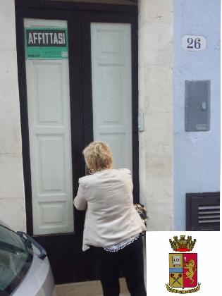 http://www.ragusanews.com//immagini_articoli/27-08-2016/chiusa-una-casa-a-luci-rosse-a-ragusa-420.jpg