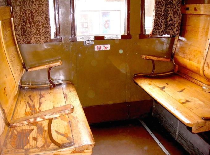 https://www.ragusanews.com//immagini_articoli/27-09-2015/torna-il-treno-barocco-con-carrozze-anni-trenta-500.jpg