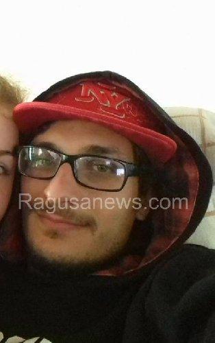 https://www.ragusanews.com//immagini_articoli/27-09-2018/modica-incidente-morto-ferito-500.jpg