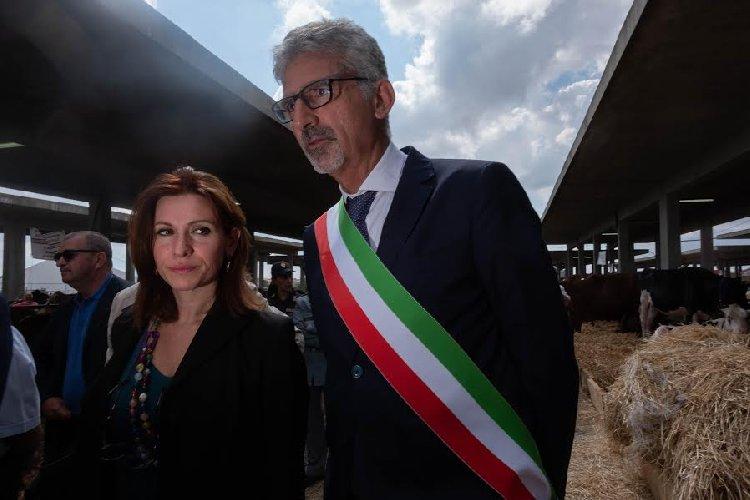 https://www.ragusanews.com//immagini_articoli/27-09-2019/1569593460-inaugurata-la-fiera-agricola-a-ragusa-il-fotoracconto-4-500.jpg