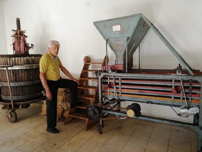 https://www.ragusanews.com//immagini_articoli/27-09-2019/1569598394-ecco-il-museo-mandorla-foto-1-500.jpg