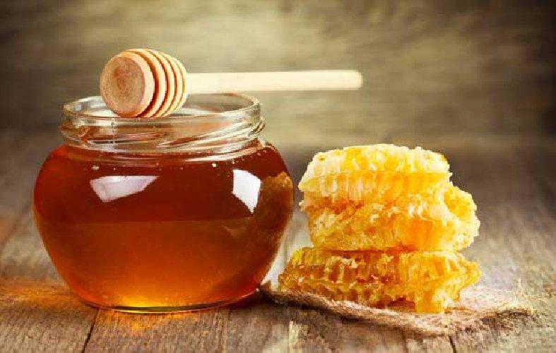 https://www.ragusanews.com//immagini_articoli/27-09-2019/a-sortino-la-sagra-miele-500.jpg