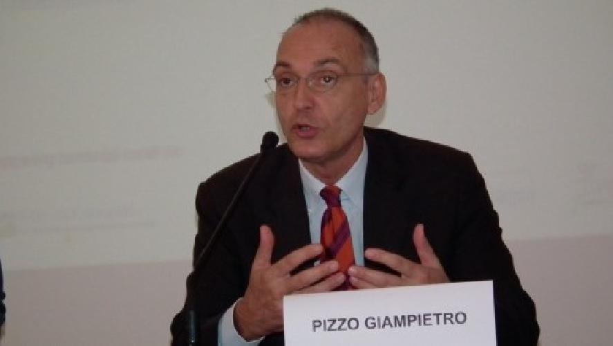 http://www.ragusanews.com//immagini_articoli/27-10-2014/festival-della-felicita-parla-giampietro-pizzo-500.jpg