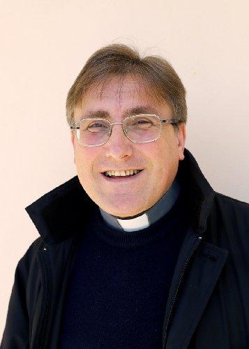 https://www.ragusanews.com//immagini_articoli/27-10-2018/vescovo-ragusa-nomina-parroci-500.jpg