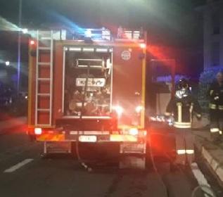 https://www.ragusanews.com//immagini_articoli/27-10-2021/incendio-in-una-casa-di-cura-di-modica-280.jpg