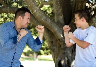https://www.ragusanews.com//immagini_articoli/27-10-2021/vittoria-minore-litiga-coi-genitori-colpisce-il-padre-con-spranga-280.jpg
