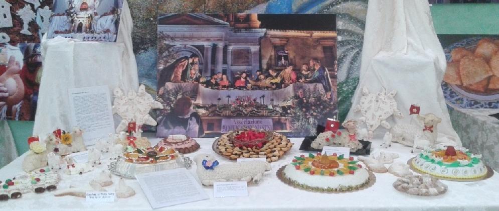 http://www.ragusanews.com//immagini_articoli/27-11-2016/a-palazzolo-la-mostra-dei-dolci-e-del-gelato-siciliano-420.jpg