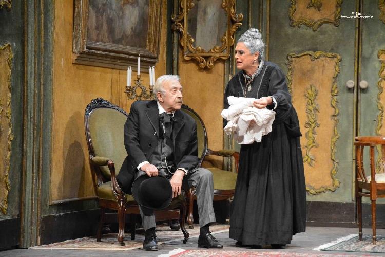 https://www.ragusanews.com//immagini_articoli/27-11-2017/stagione-teatrale-modica-apre-cavaliere-pedagna-500.jpg
