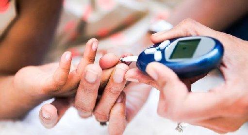 https://www.ragusanews.com//immagini_articoli/27-11-2020/ecco-perche-i-diabetici-sono-piu-esposti-al-coronavirus-280.jpg