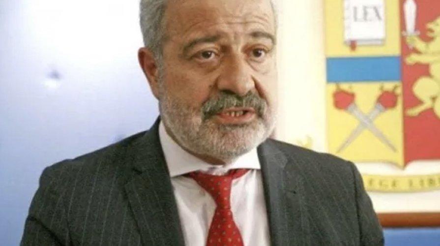 https://www.ragusanews.com//immagini_articoli/27-11-2020/il-prefetto-guido-longo-e-il-nuovo-commissario-della-calabria-500.jpg