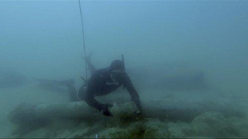 https://www.ragusanews.com//immagini_articoli/27-11-2020/mare-di-agrigento-restituisce-cannone-del-xvi-secolo-280.jpg