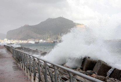 https://www.ragusanews.com//immagini_articoli/27-11-2020/meteo-weekend-bagnato-a-ragusa-in-arrivo-vento-e-pioggia-280.jpg