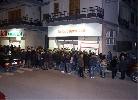 http://www.ragusanews.com//immagini_articoli/27-12-2015/riaprono-gli-ex-supermercati-coop-ed-e-festa-di-popolo-100.jpg