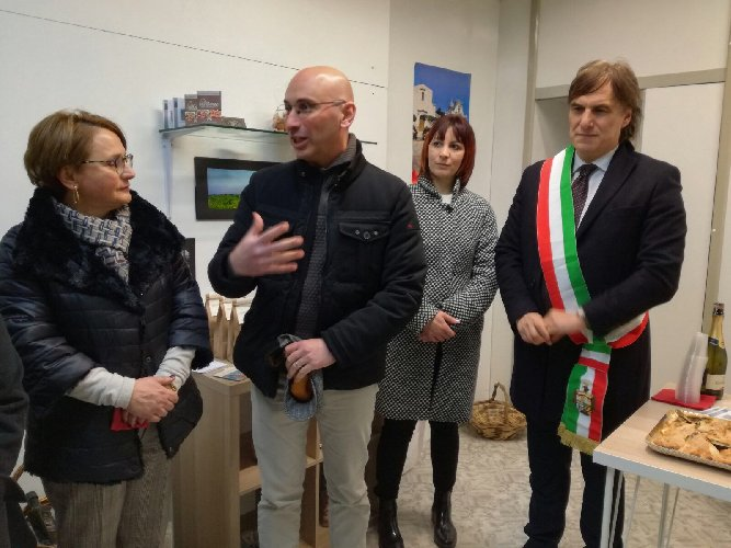 https://www.ragusanews.com//immagini_articoli/27-12-2017/nasce-monterosso-almo-ospitalita-diffusa-500.jpg
