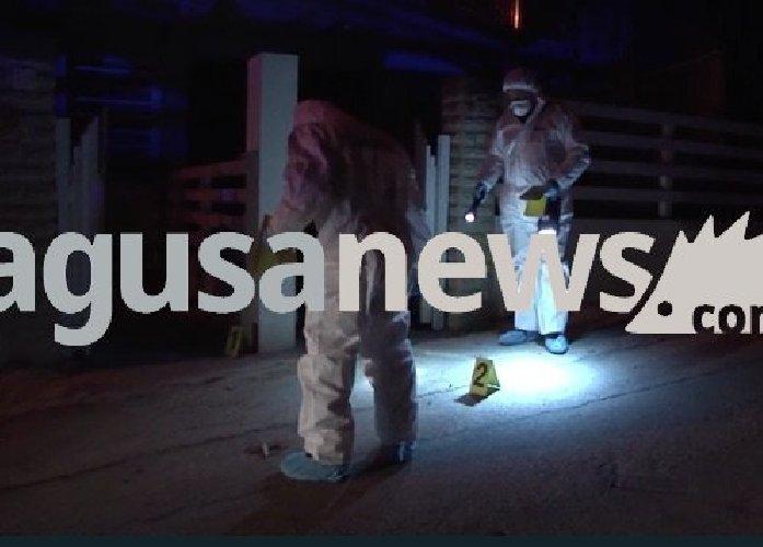 https://www.ragusanews.com//immagini_articoli/27-12-2018/sparatoria-fidanzata-aveva-litigato-vincenzo-bossoli-terra-500.jpg