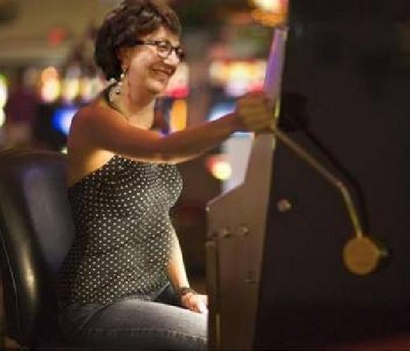 https://www.ragusanews.com//immagini_articoli/28-01-2014/la-senatrice-padua-bluffa-sul-gioco-dazzardo-500.jpg