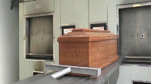 https://www.ragusanews.com//immagini_articoli/28-01-2021/delia-il-forno-crematorio-che-disturba-i-morti-e-divide-i-vivi-video-280.jpg
