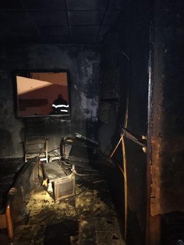https://www.ragusanews.com//immagini_articoli/28-02-2019/fuoco-casa-scoglitti-500.jpg