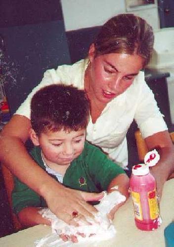https://www.ragusanews.com//immagini_articoli/28-03-2011/scuola-negata-a-un-bambino-disabile-di-pozzallo-500.jpg