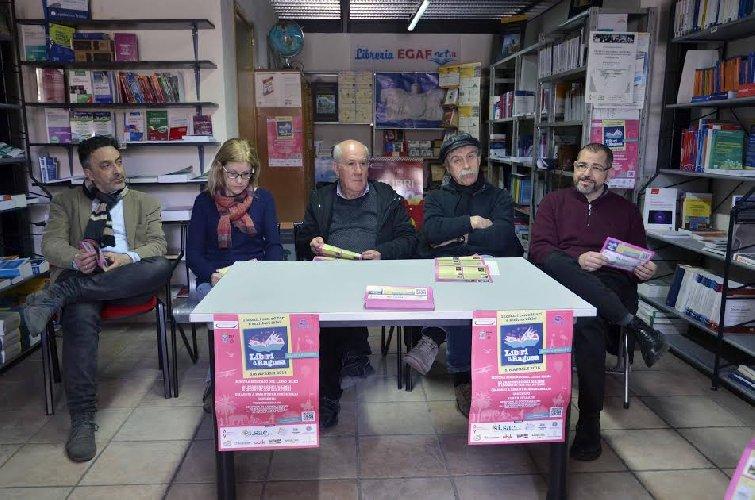 https://www.ragusanews.com//immagini_articoli/28-03-2018/liberi-ragusa-dedicata-case-editrici-autori-locali-500.jpg