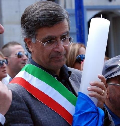 http://www.ragusanews.com//immagini_articoli/28-04-2016/secondo-atto-intimidatorio-al-sindaco-di-giarratana-500.jpg
