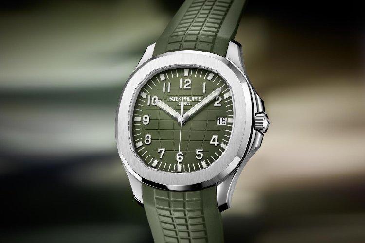 https://www.ragusanews.com//immagini_articoli/28-04-2019/e-patek-philippe-disse-attenti-va-di-moda-il-verde-militare-500.jpg