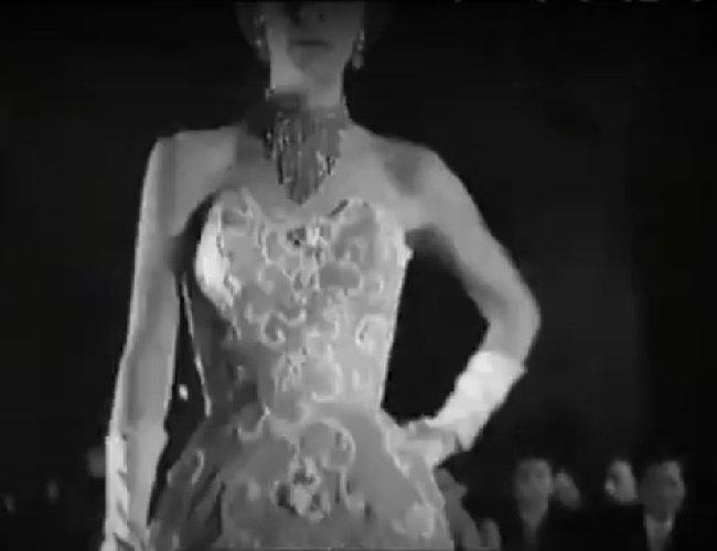 https://www.ragusanews.com//immagini_articoli/28-04-2021/quasimodo-incassa-un-milione-e-va-al-gran-gala-e-il-1953-500.jpg