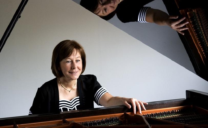 https://www.ragusanews.com//immagini_articoli/28-05-2017/joanna-trzeciak-pianista-polacca-concerto-scicli-500.jpg