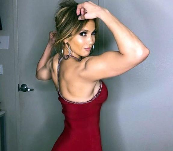 https://www.ragusanews.com//immagini_articoli/28-05-2020/linea-perfetta-e-corpo-tonico-con-la-dieta-di-jennifer-lopez-500.jpg