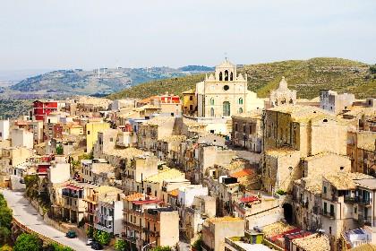 https://www.ragusanews.com//immagini_articoli/28-05-2021/sicilia-due-milioni-ai-comuni-premiati-a-livello-nazionale-280.jpg