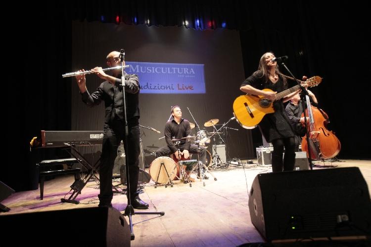 http://www.ragusanews.com//immagini_articoli/28-06-2016/comisando-concerto-di-alessandra-ristuccia-500.jpg