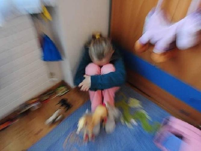http://www.ragusanews.com//immagini_articoli/28-06-2017/abusi-minore-58enne-carcere-500.jpg