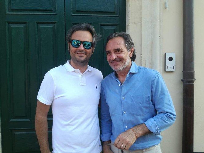 https://www.ragusanews.com//immagini_articoli/28-06-2019/cesare-prandelli-in-vacanza-a-noto-500.jpg
