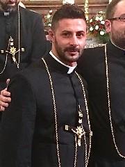 https://www.ragusanews.com//immagini_articoli/28-06-2020/ordinati-due-nuovi-sacerdoti-240.jpg
