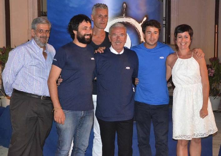 https://www.ragusanews.com//immagini_articoli/28-07-2014/i-premiati-del-trofeo-del-mare-500.jpg