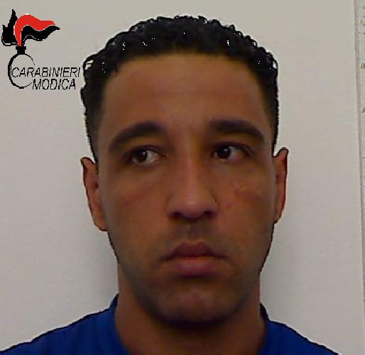 http://www.ragusanews.com//immagini_articoli/28-07-2017/spaccio-droga-arrestato-marocchino-500.png