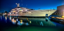 https://www.ragusanews.com//immagini_articoli/28-07-2017/yacht-kibo-arrivato-siracusa-100.jpg