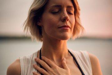 https://www.ragusanews.com//immagini_articoli/28-07-2018/dieta-tiroide-240.jpg