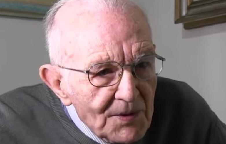 https://www.ragusanews.com//immagini_articoli/28-07-2020/sicilia-nonno-giuseppe-prende-la-laurea-a-97-anni-500.jpg