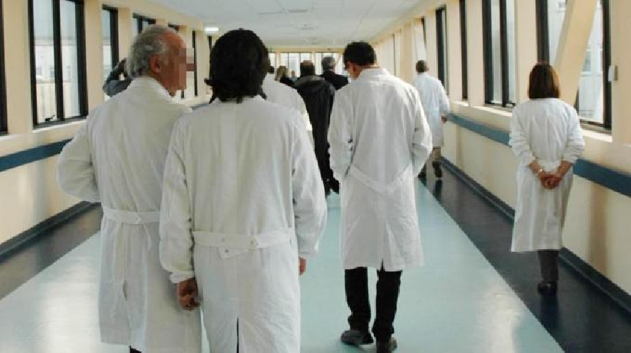 http://www.ragusanews.com//immagini_articoli/28-08-2015/l-asp-di-ragusa-indice-concorso-per-sei-medici-500.jpg